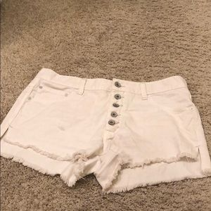 Free People Cream Button Up shorts size 27